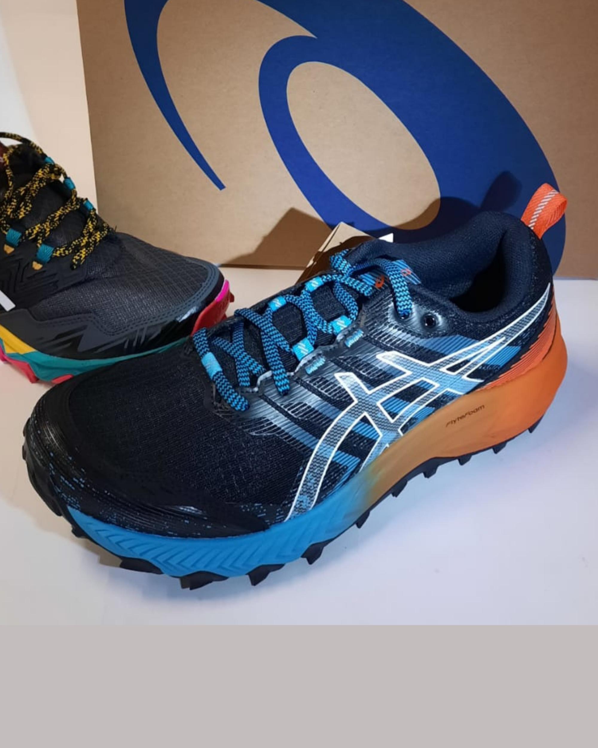 Chaussures ASICS trail homme GEL TRABUCO - Intersport Morzine